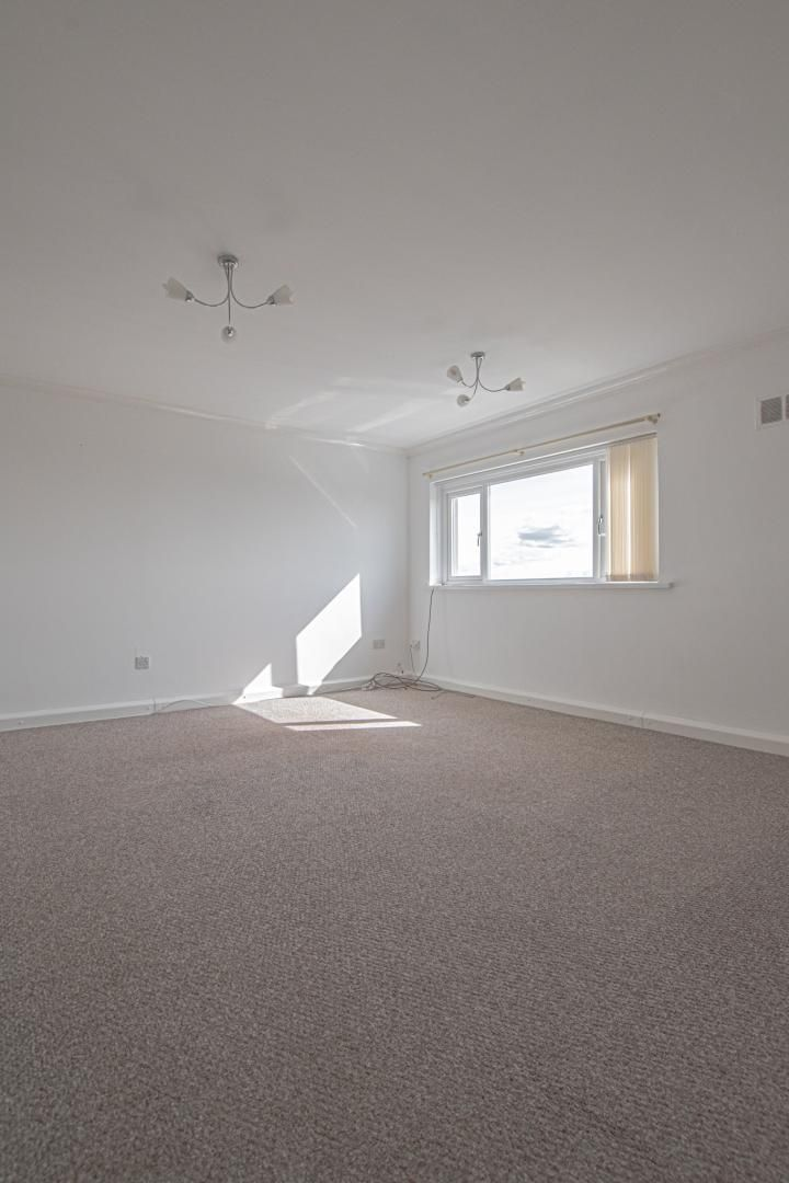 2 bed flat to rent in Kemys Fawr Close  - Property Image 4