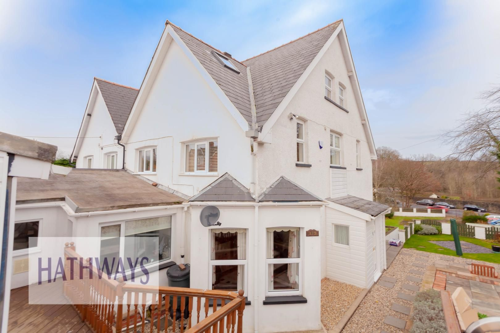 5 bed house for sale in Llantarnam Road  - Property Image 1