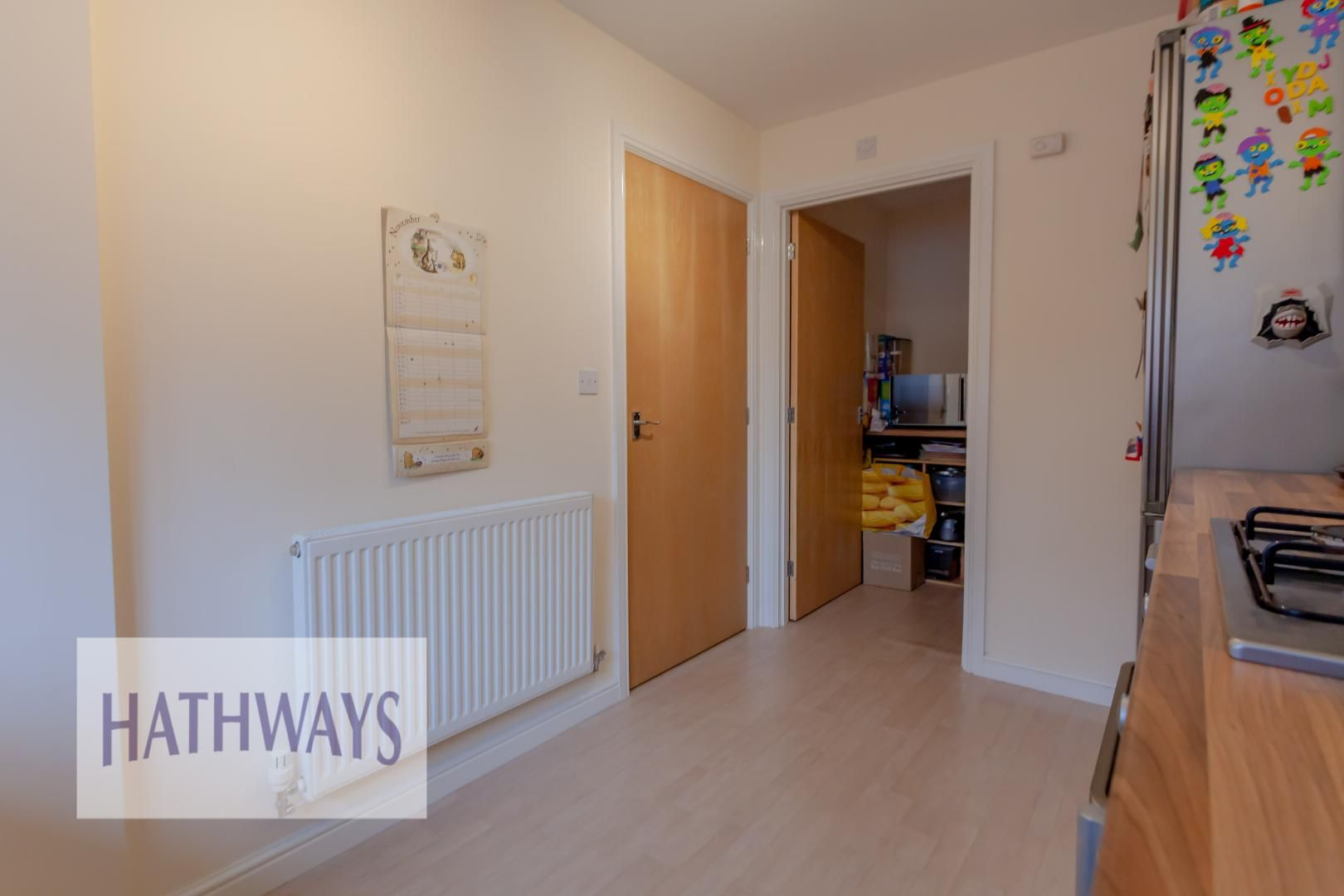 4 bed house for sale in Heol Y Groes 19