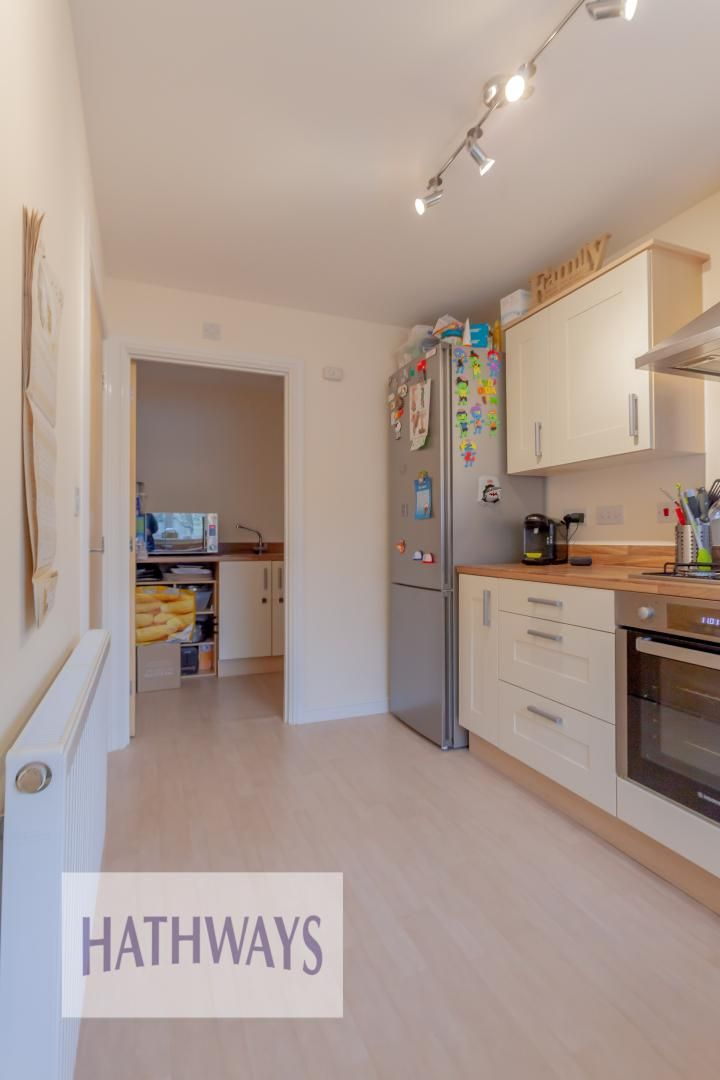 4 bed house for sale in Heol Y Groes 21