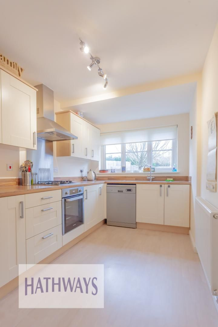 4 bed house for sale in Heol Y Groes 24
