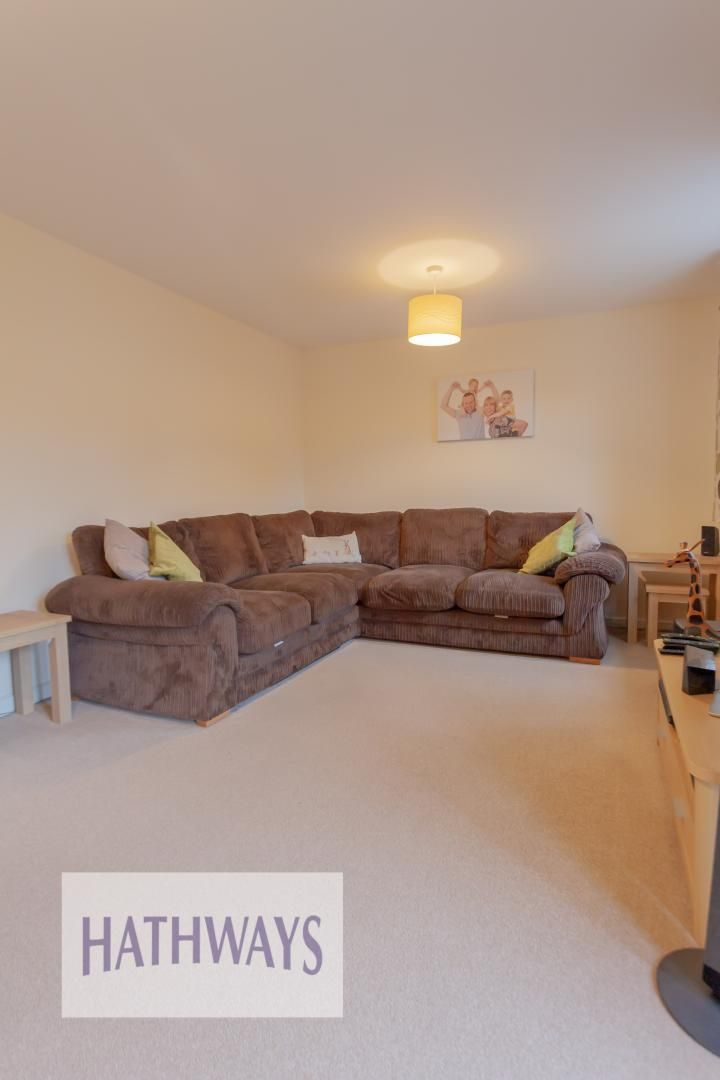 4 bed house for sale in Heol Y Groes 5