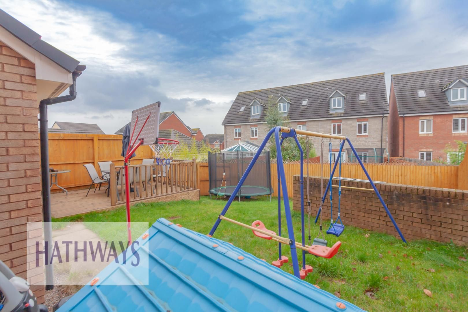 4 bed house for sale in Heol Y Groes 54
