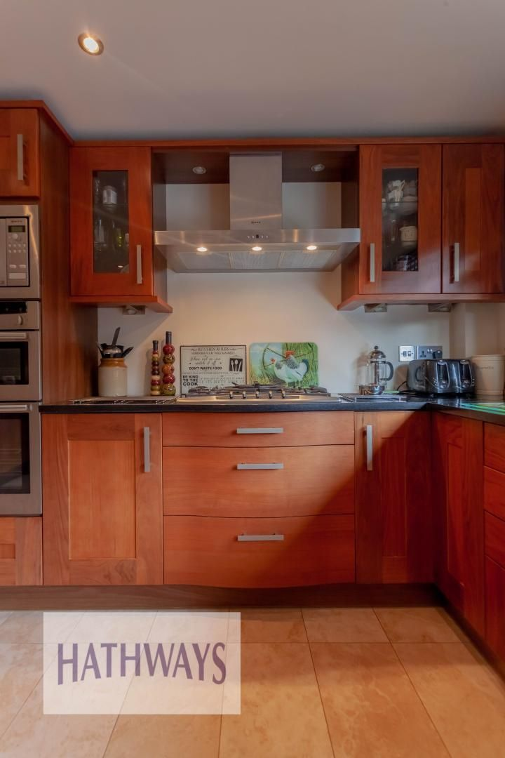 4 bed house for sale in Llanyravon Way  - Property Image 11