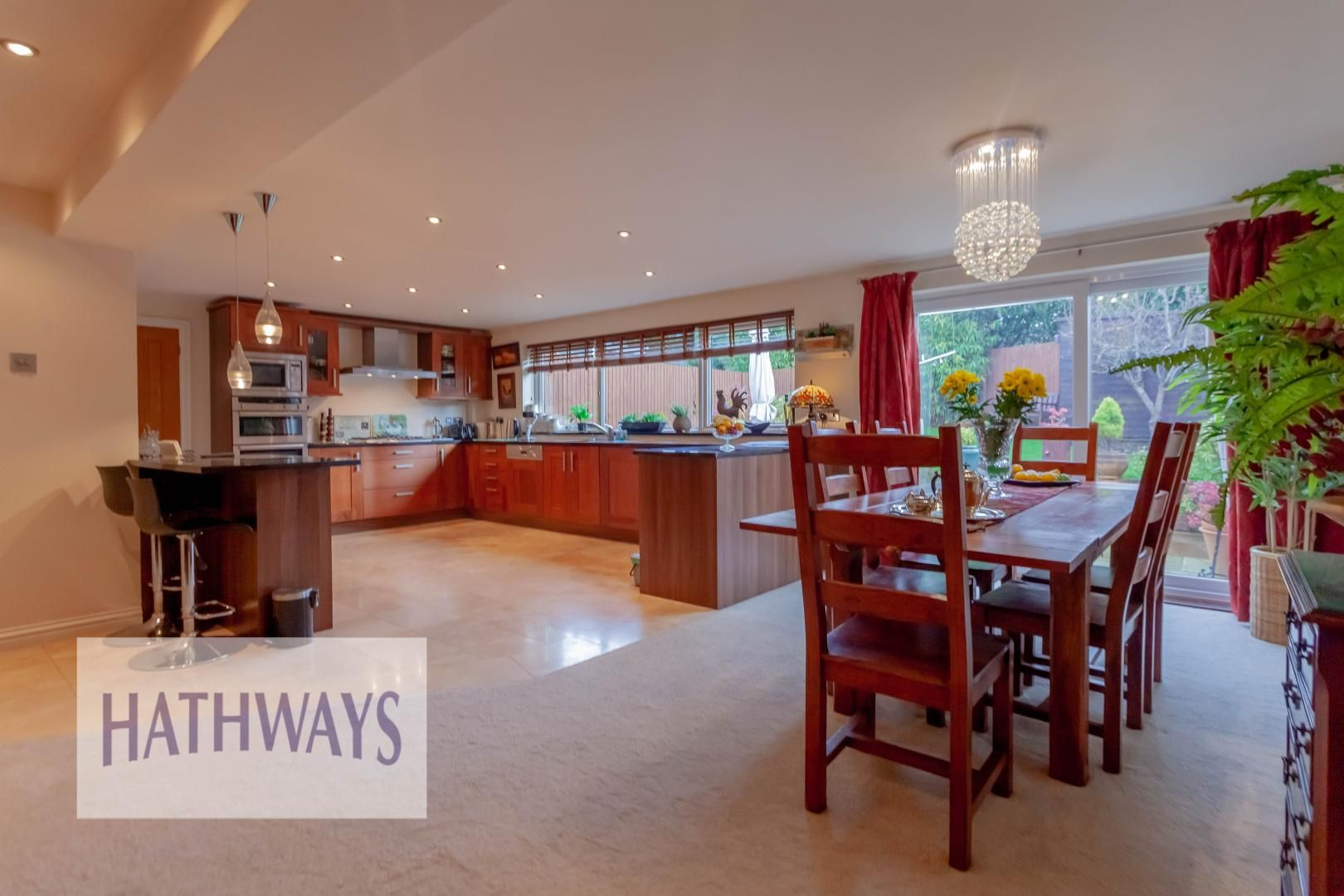 4 bed house for sale in Llanyravon Way 15