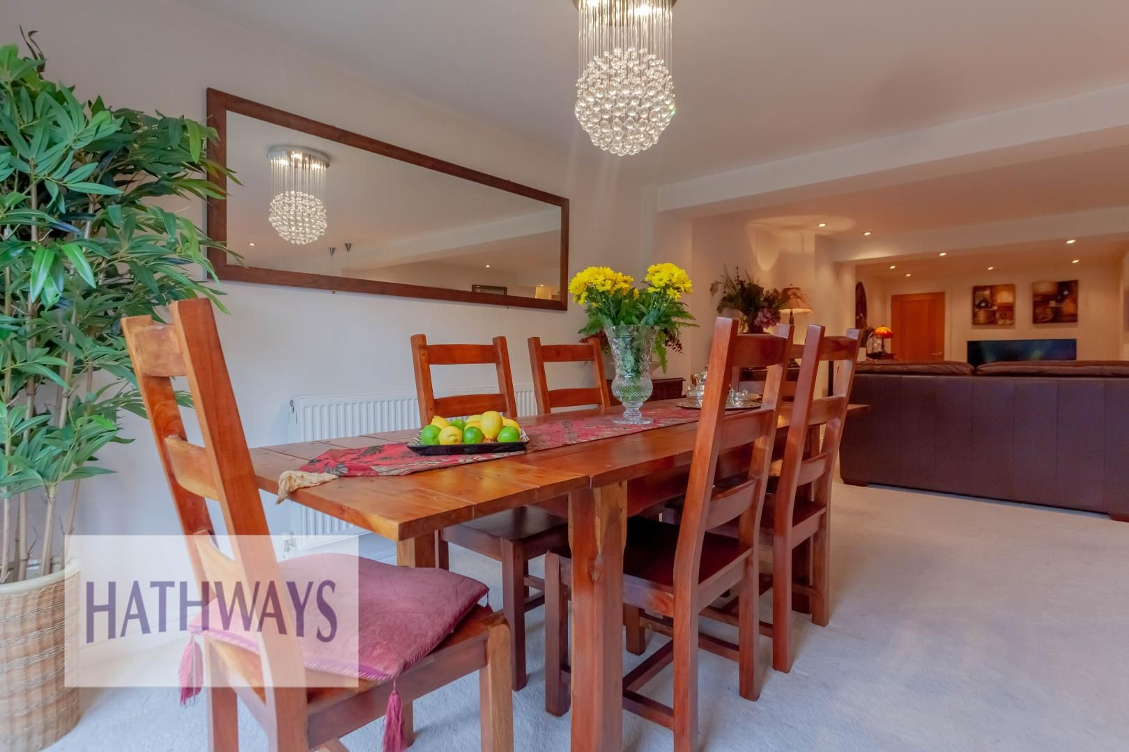 4 bed house for sale in Llanyravon Way 16