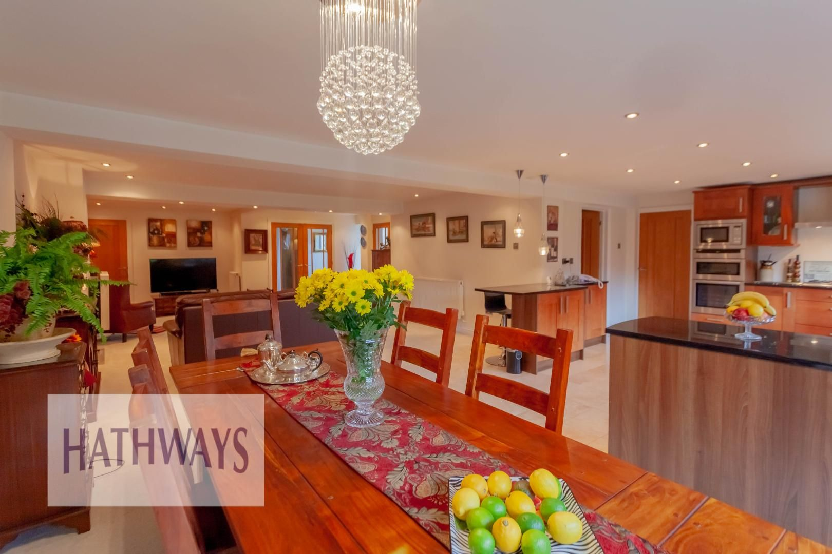 4 bed house for sale in Llanyravon Way 17