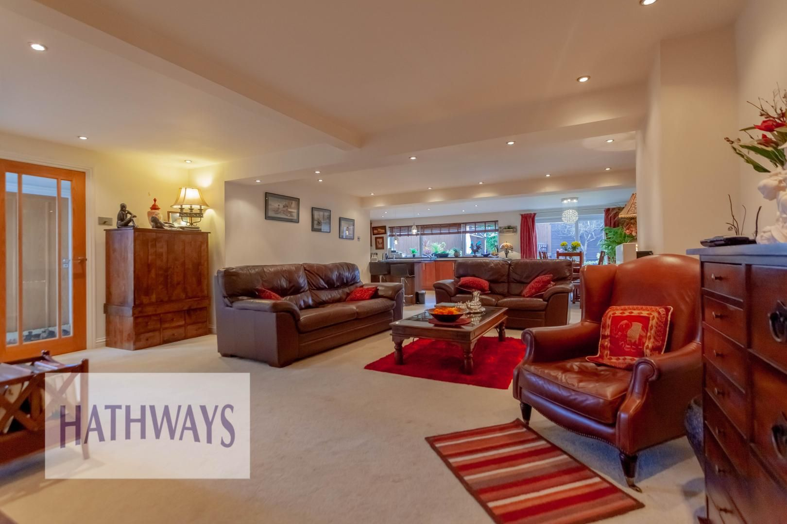 4 bed house for sale in Llanyravon Way 18