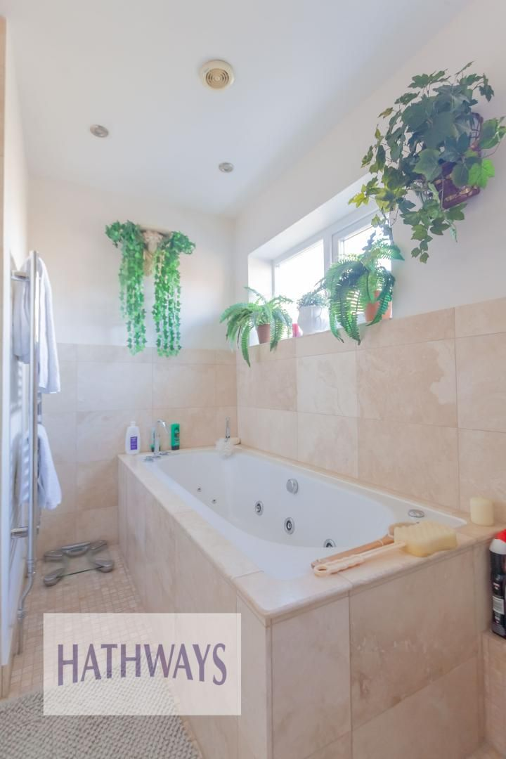 4 bed house for sale in Llanyravon Way 52