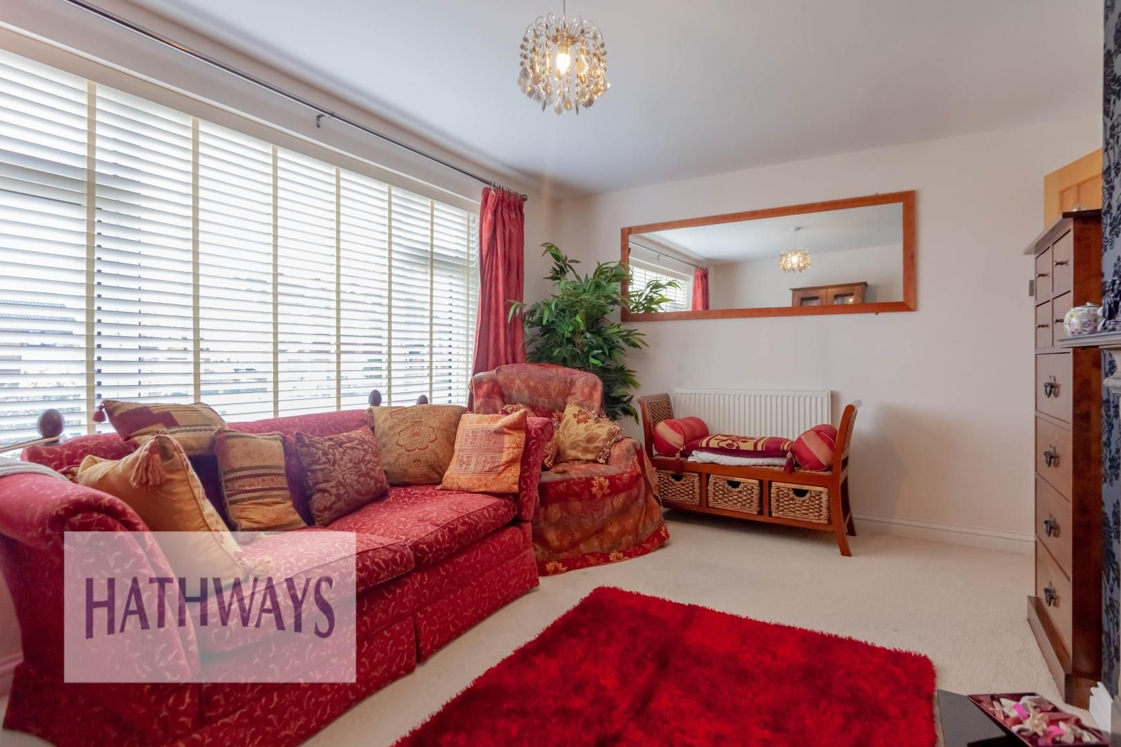 4 bed house for sale in Llanyravon Way 7