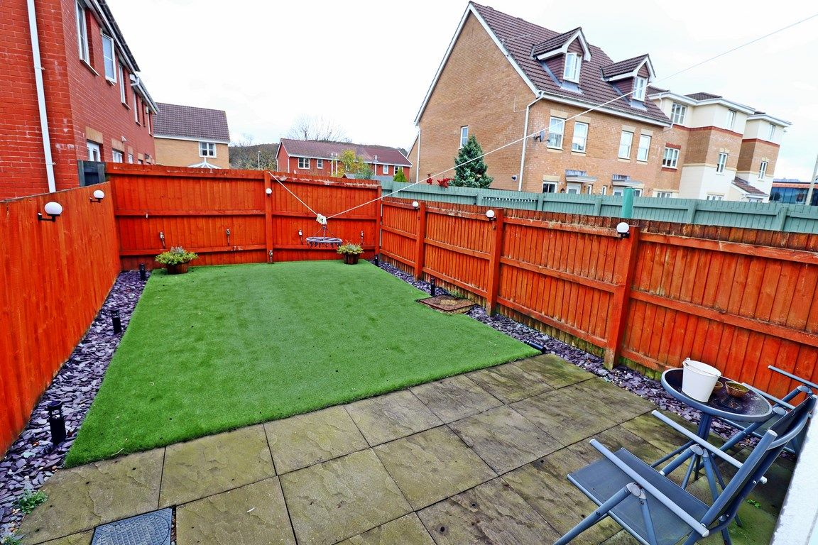 3 bed house for sale in Clos Springfield 20