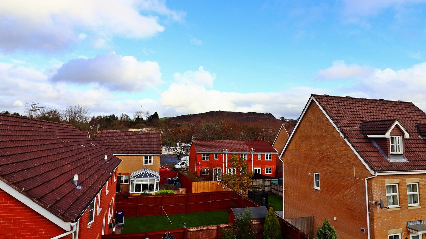 3 bed house for sale in Clos Springfield 21