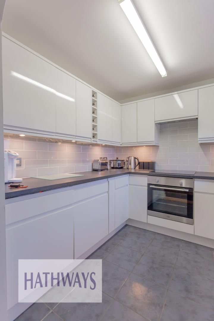 2 bed house for sale in Spring Grove  - Property Image 11