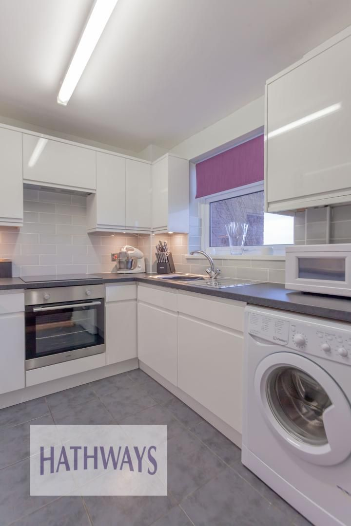 2 bed house for sale in Spring Grove  - Property Image 12