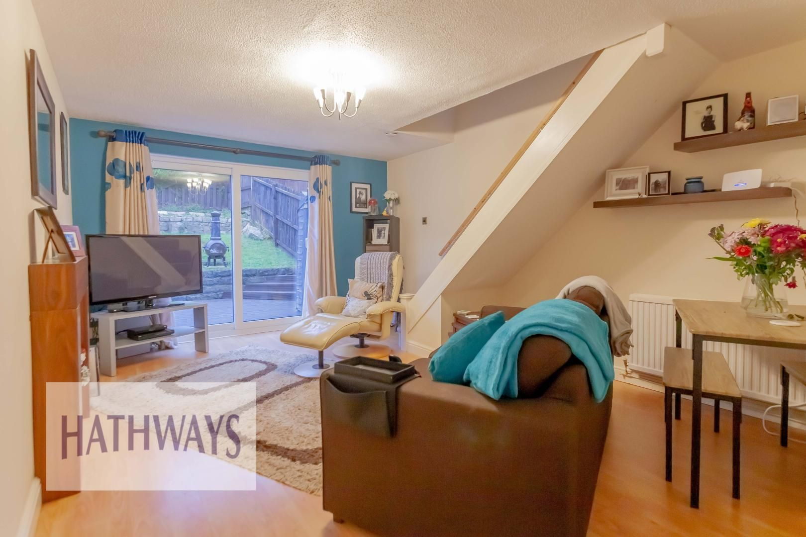 2 bed house for sale in Spring Grove 3