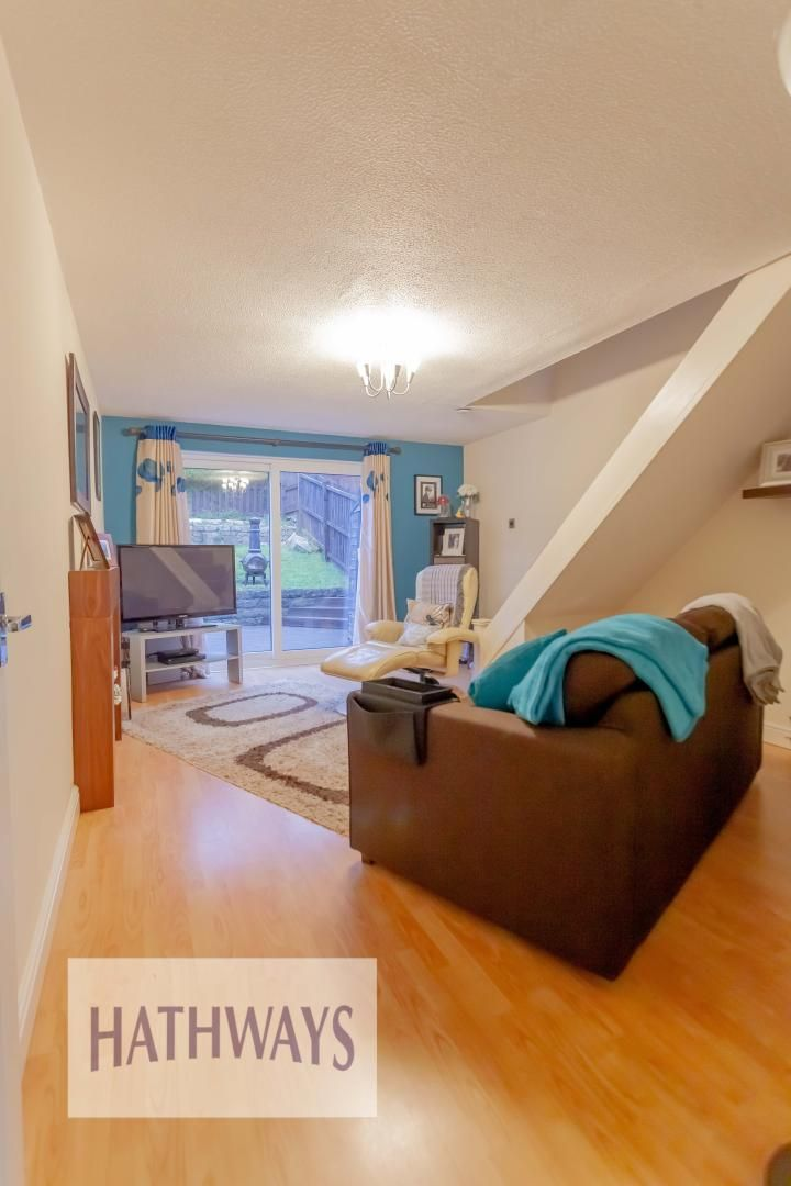 2 bed house for sale in Spring Grove  - Property Image 4