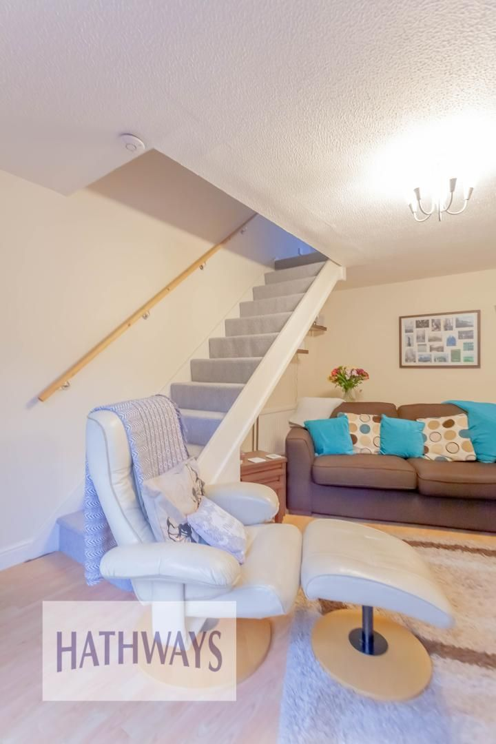 2 bed house for sale in Spring Grove 9