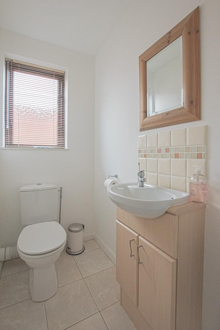 4 bed house to rent in Brooklea  - Property Image 20