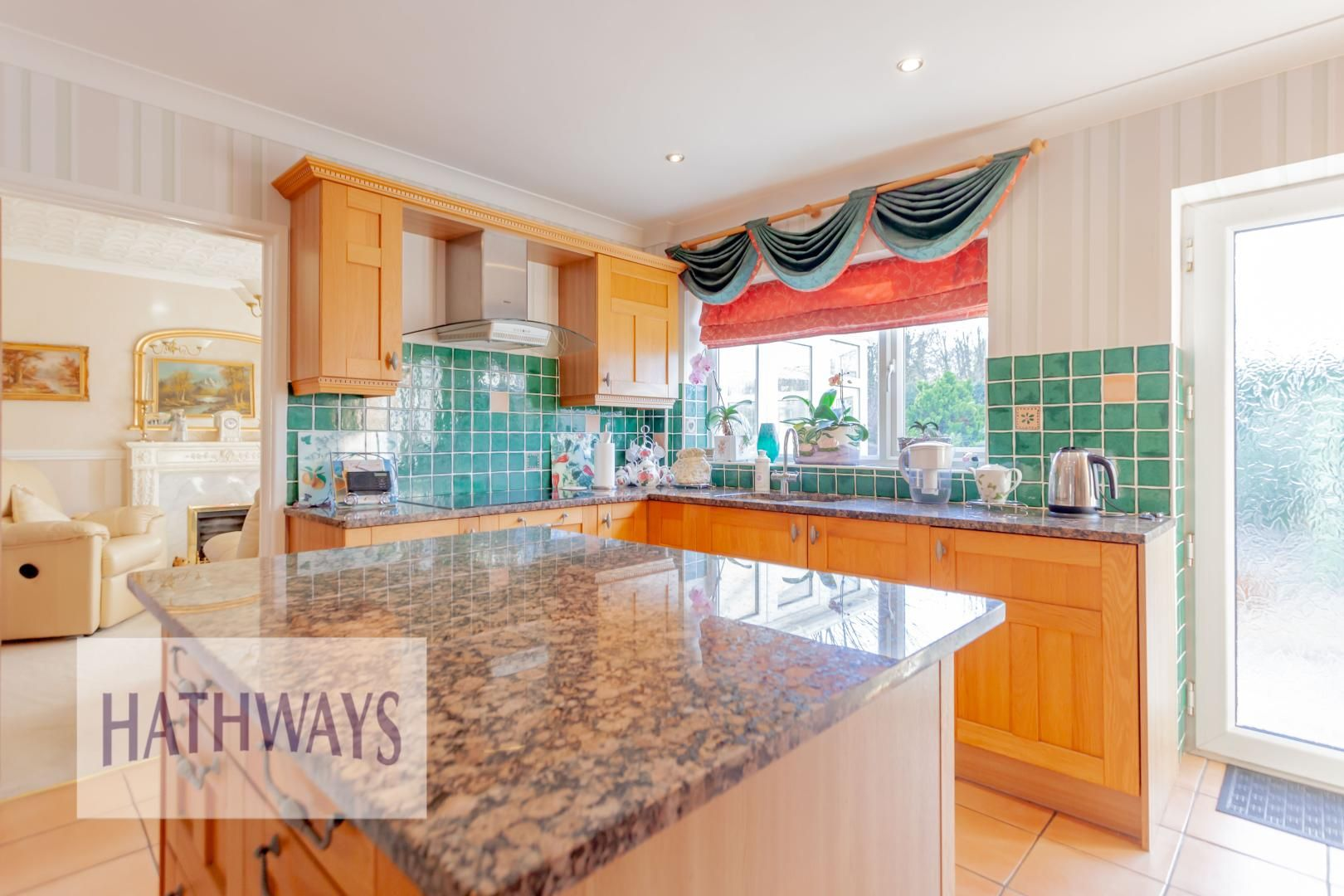 4 bed house for sale in The Alders 11