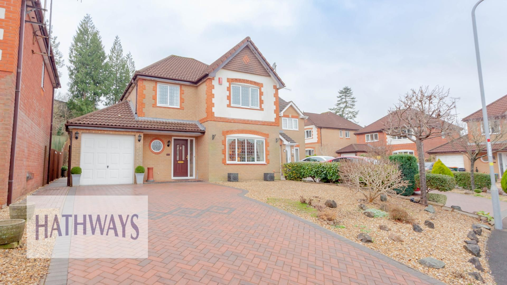 4 bed house for sale in Court Meadow, NP18