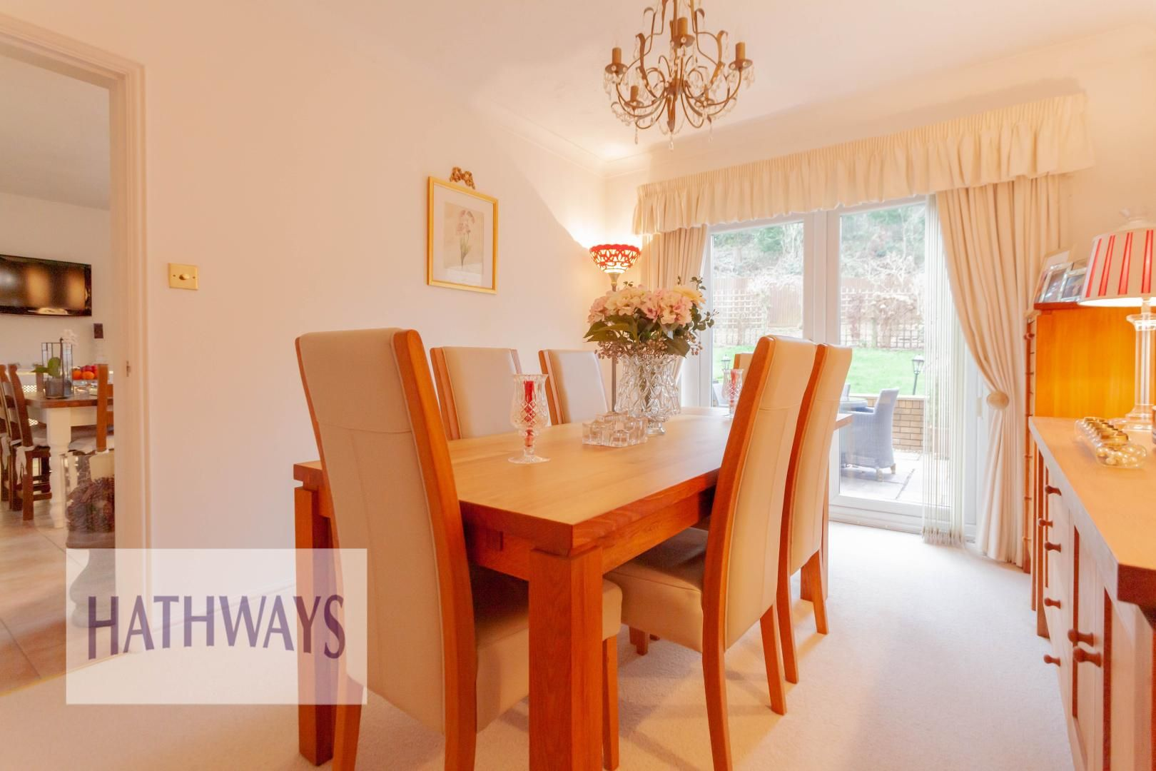 4 bed house for sale in Court Meadow  - Property Image 12