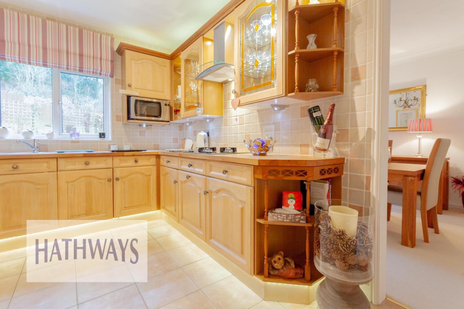 4 bed house for sale in Court Meadow 13