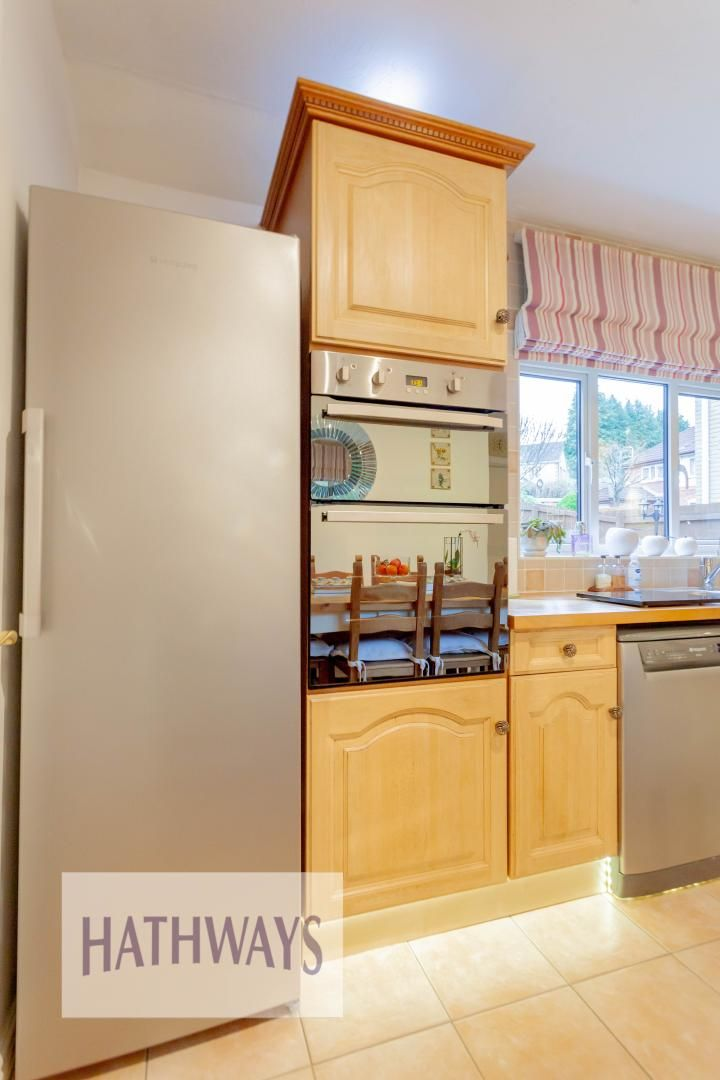 4 bed house for sale in Court Meadow 17