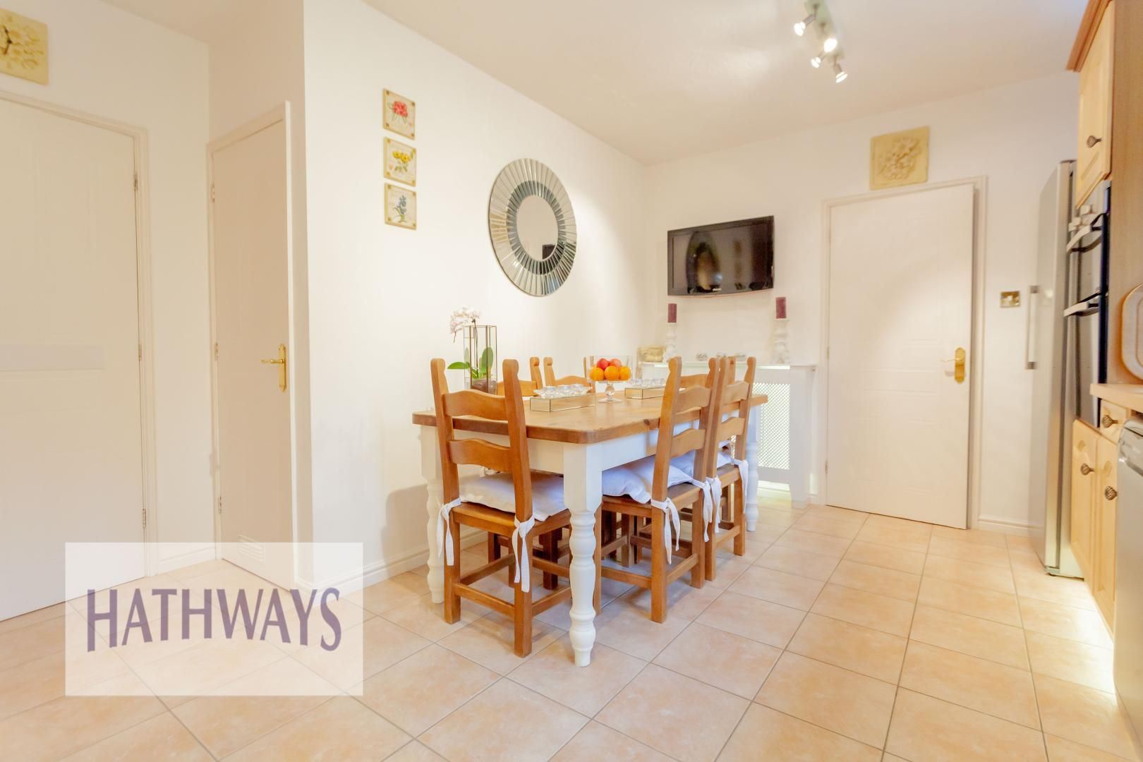 4 bed house for sale in Court Meadow 19