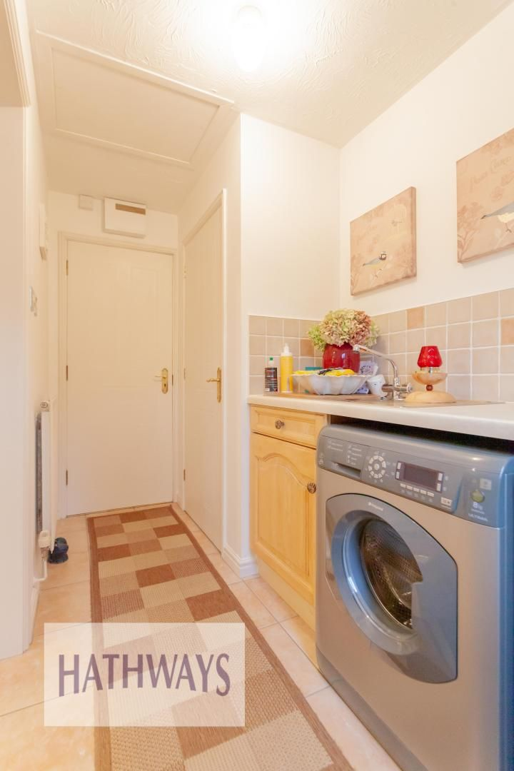 4 bed house for sale in Court Meadow  - Property Image 20
