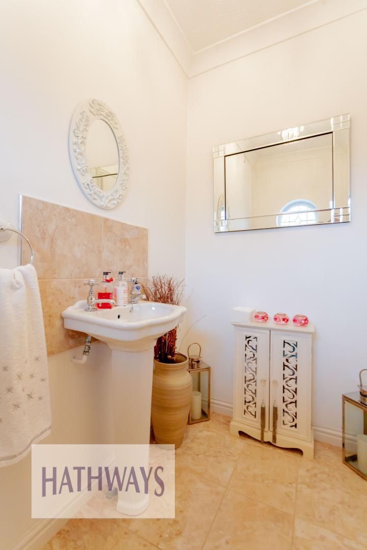 4 bed house for sale in Court Meadow  - Property Image 24