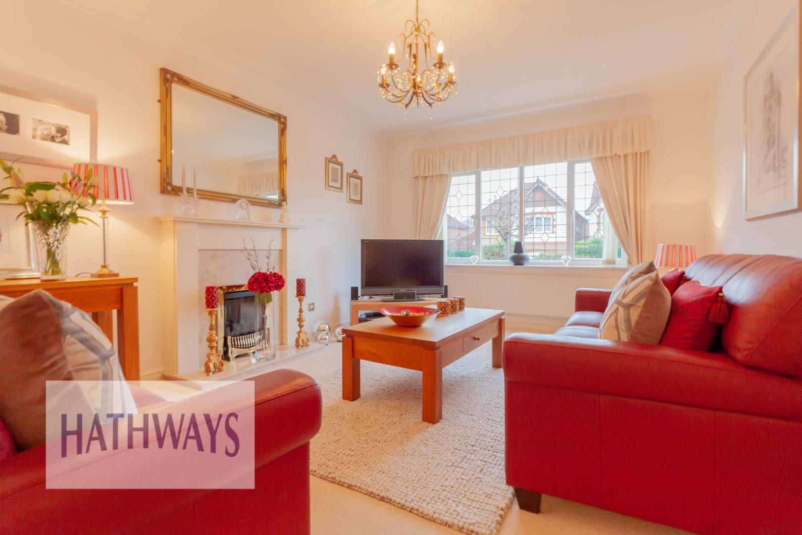4 bed house for sale in Court Meadow  - Property Image 4
