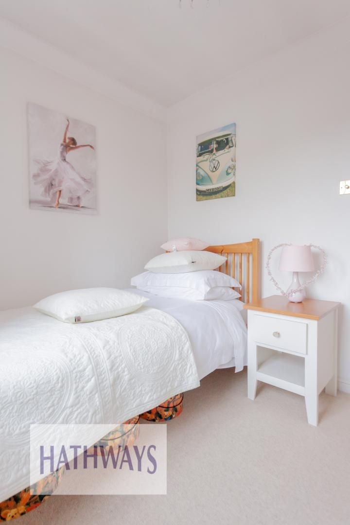 4 bed house for sale in Court Meadow  - Property Image 33
