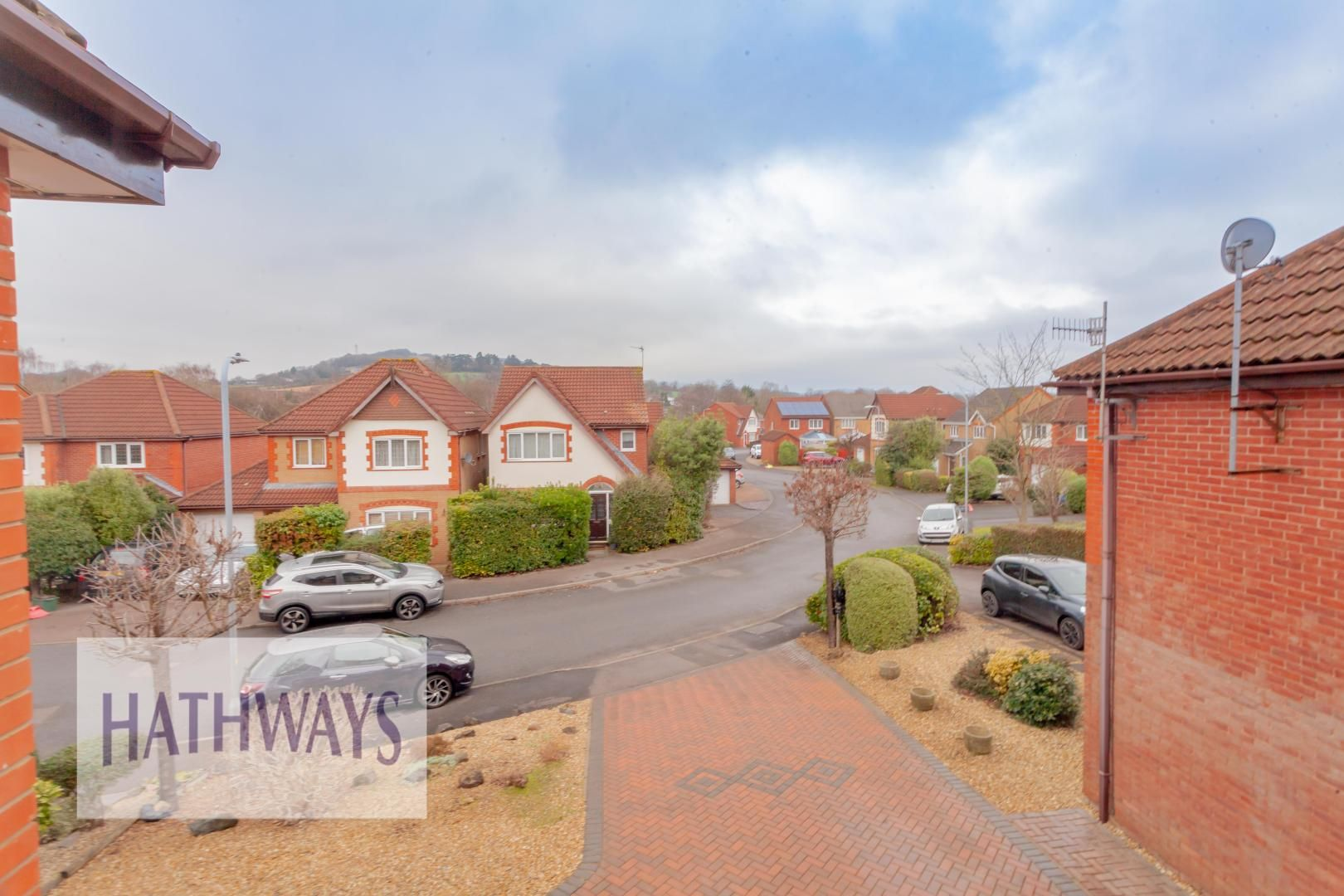 4 bed house for sale in Court Meadow 43