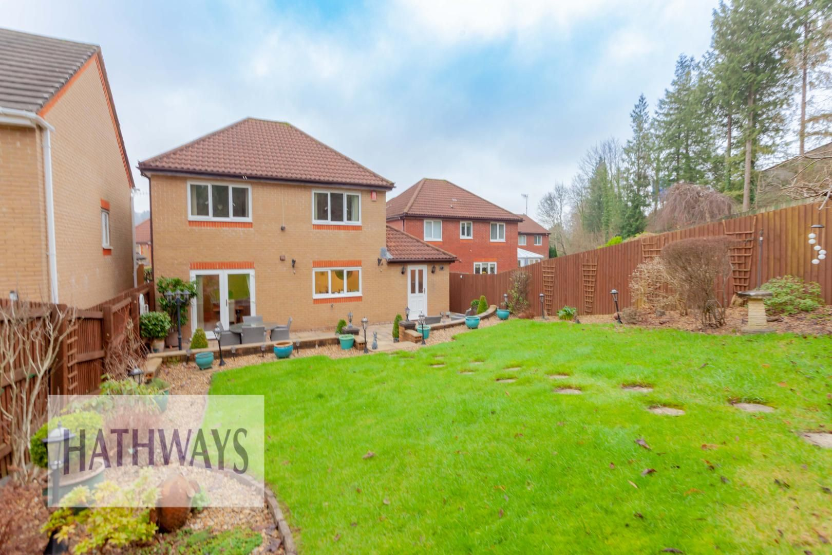 4 bed house for sale in Court Meadow 50