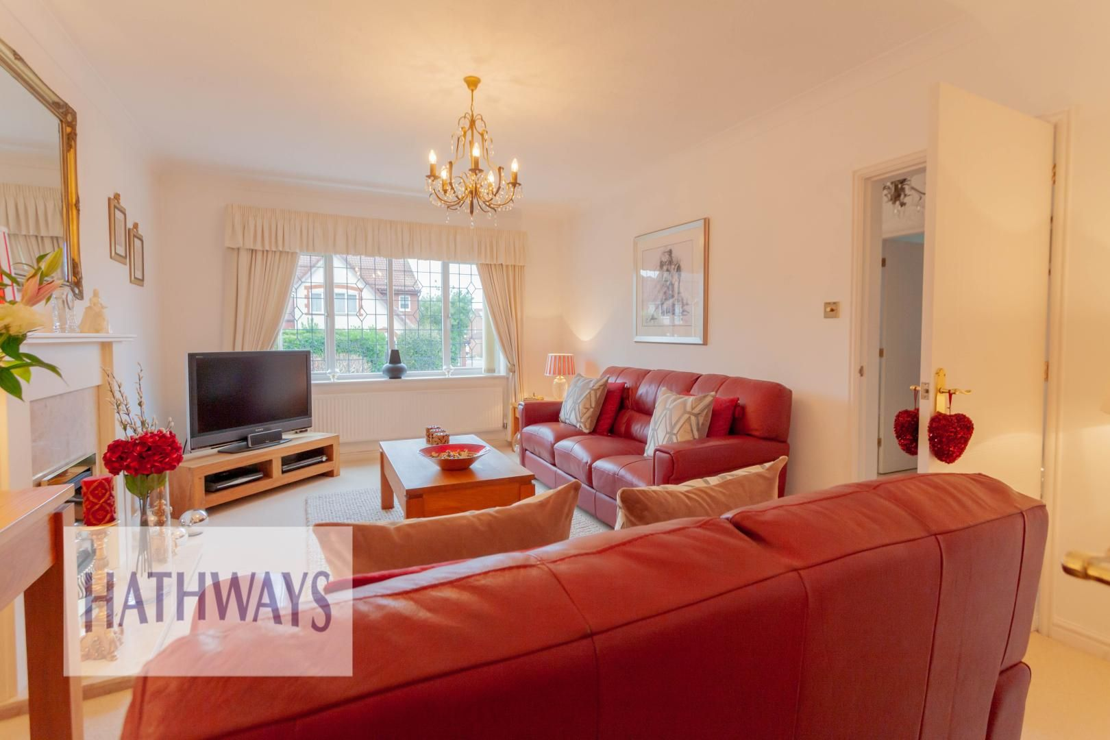 4 bed house for sale in Court Meadow  - Property Image 8