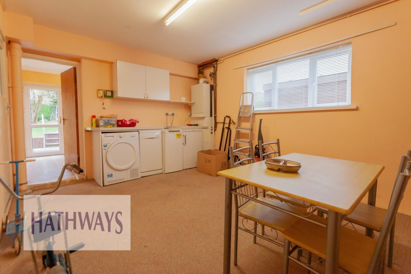 3 bed house for sale in Ashford Close 13