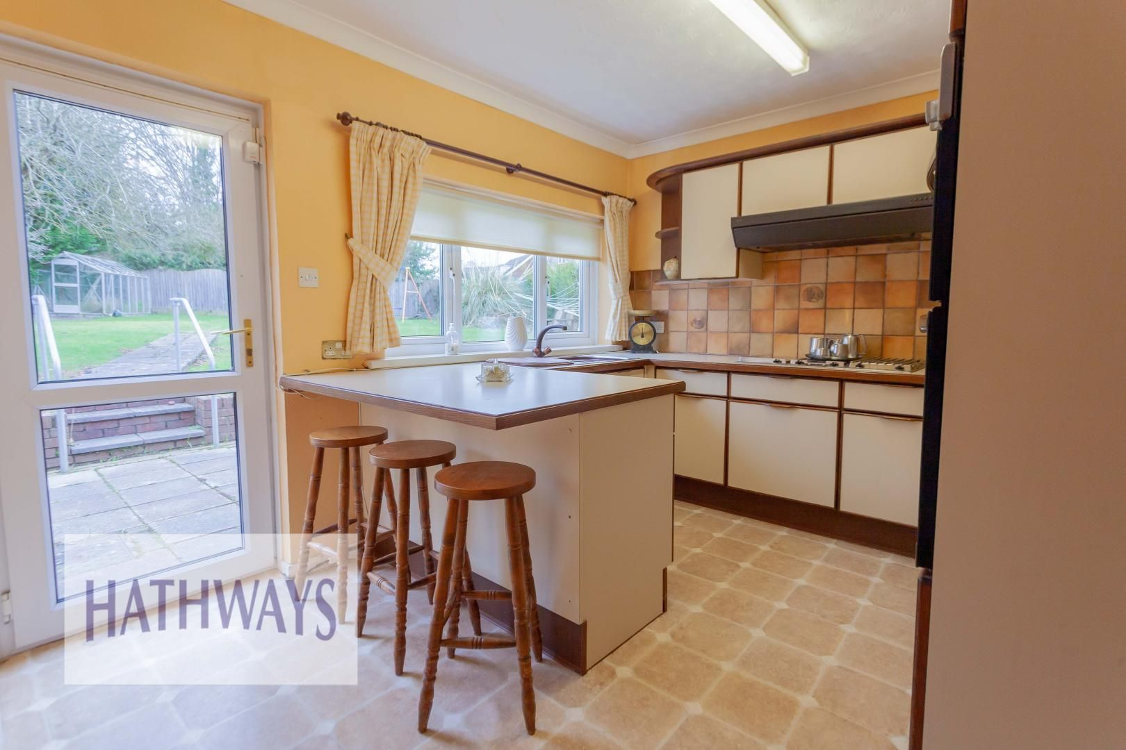3 bed house for sale in Ashford Close 16