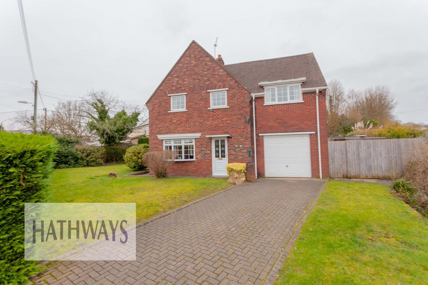 3 bed house for sale in Ashford Close 3