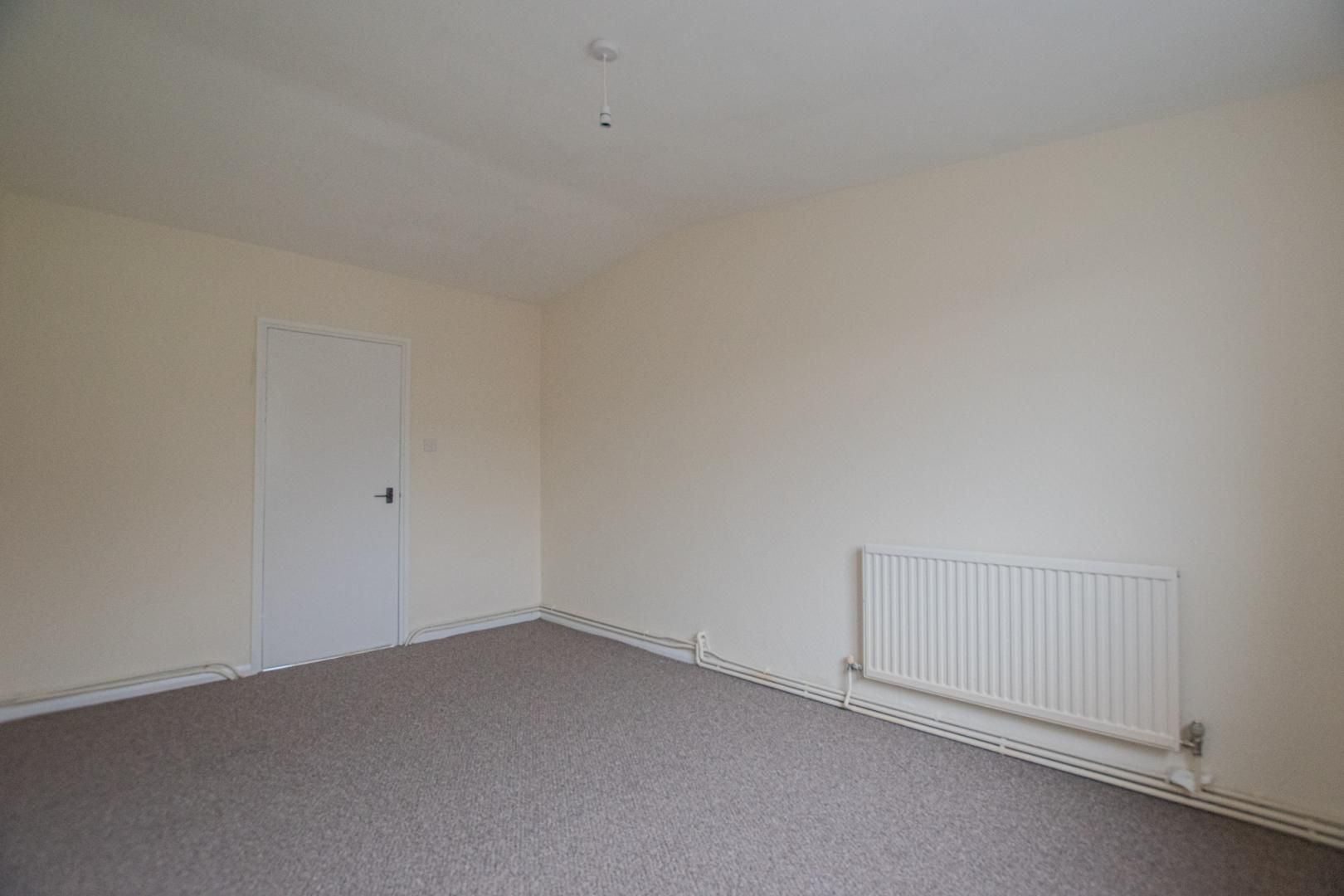 2 bed flat to rent in Pontnewydd Walk 17