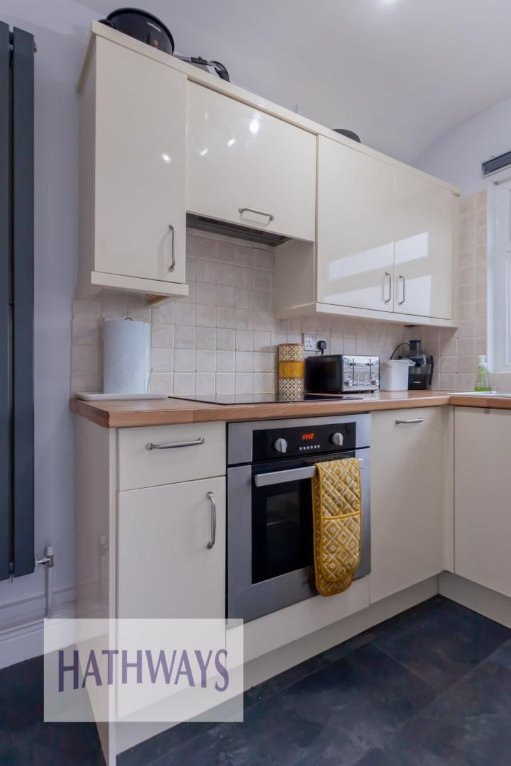 2 bed house for sale in Wainfelin Road 14