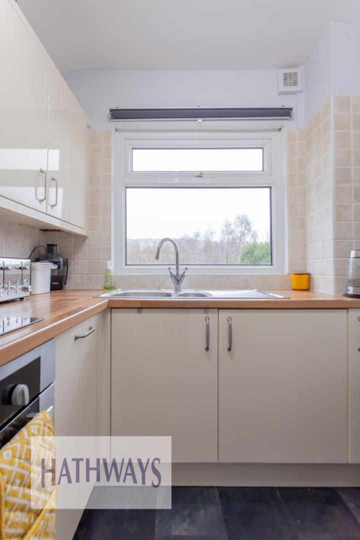 2 bed house for sale in Wainfelin Road 16