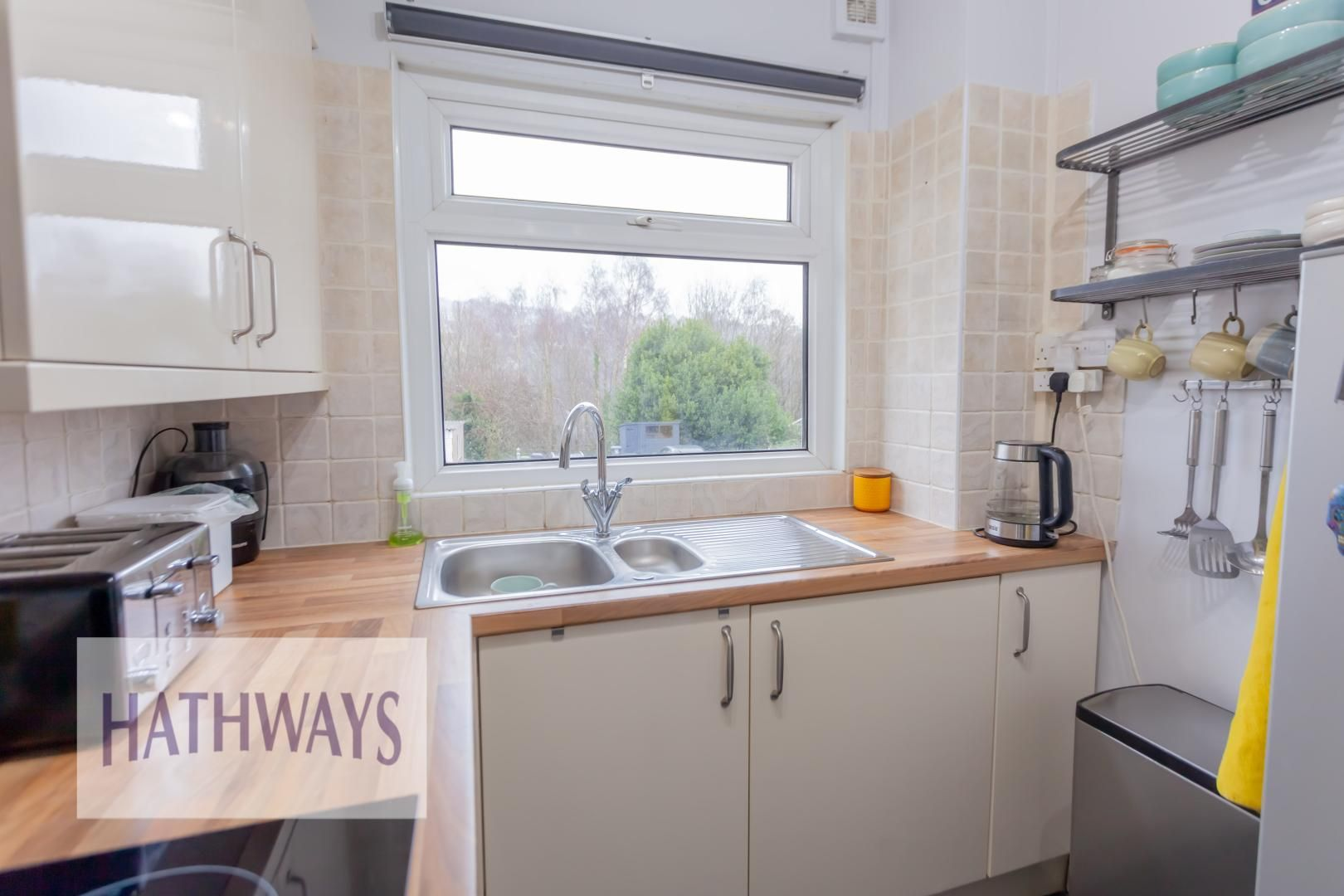 2 bed house for sale in Wainfelin Road 17