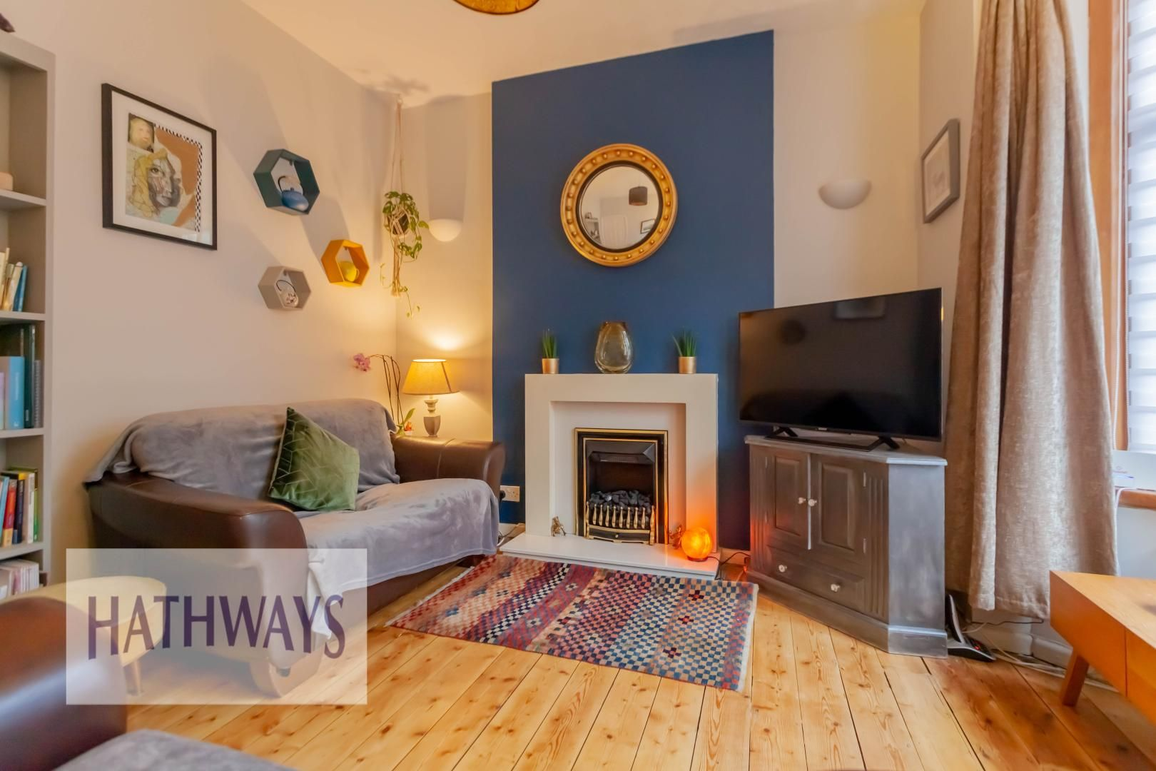 2 bed house for sale in Wainfelin Road 4
