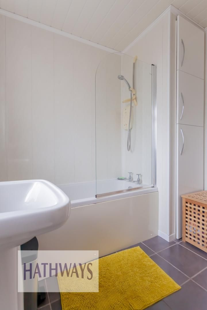 2 bed house for sale in Wainfelin Road 31