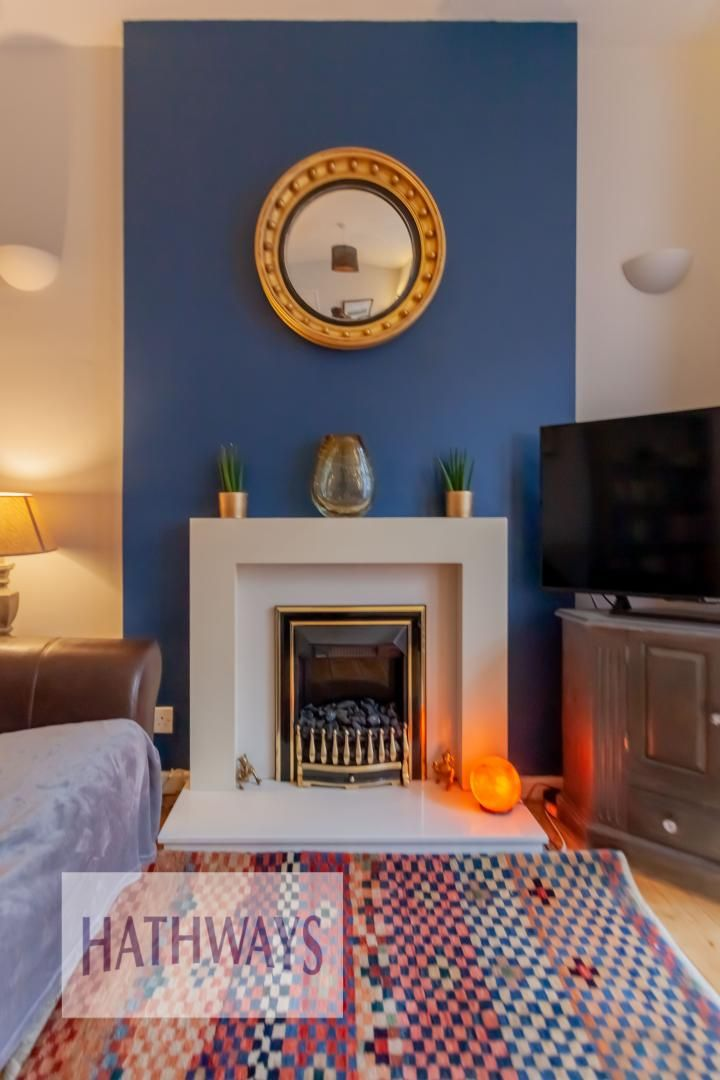 2 bed house for sale in Wainfelin Road 6