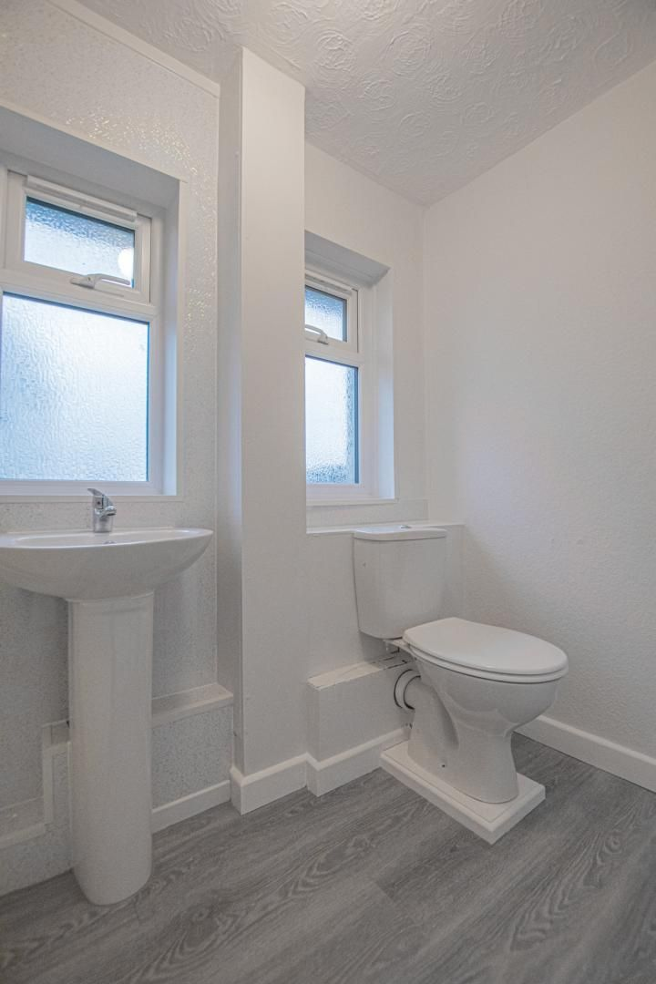 3 bed house to rent in Springfield Road 24