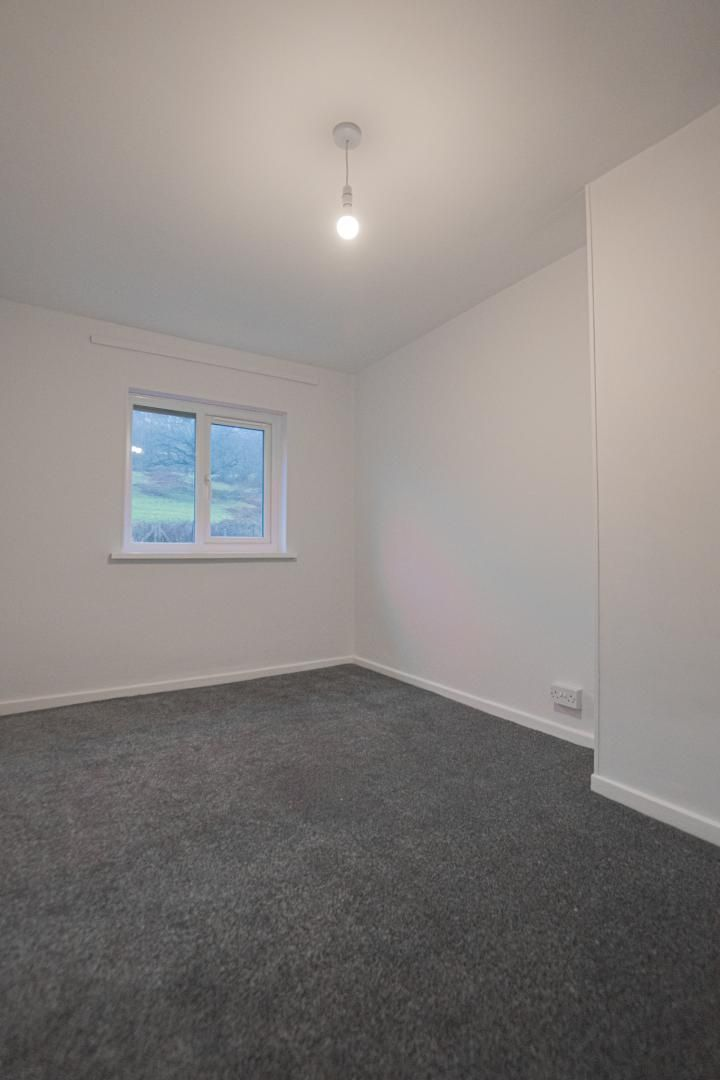 3 bed house to rent in Springfield Road 25