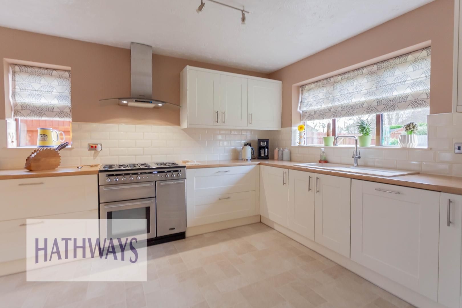 4 bed  for sale in Candwr Park  - Property Image 8