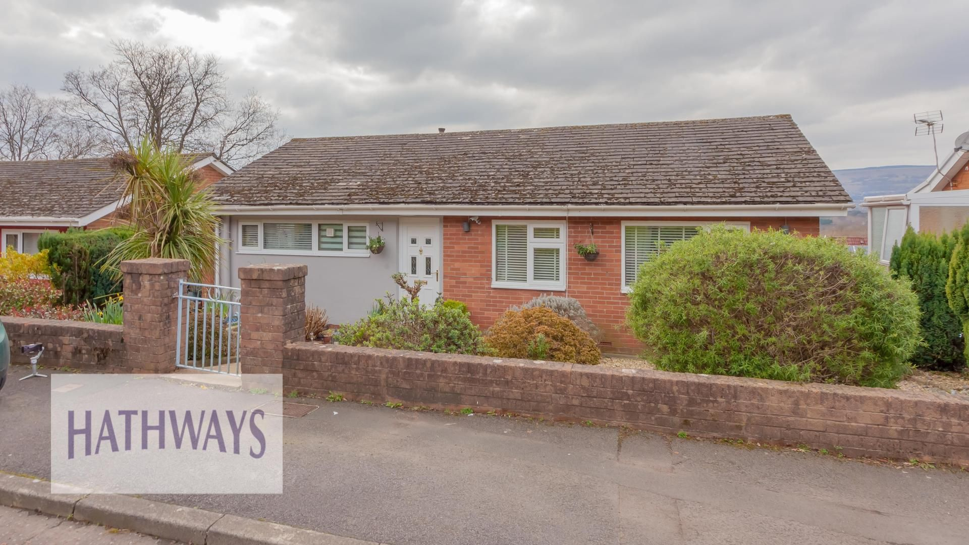 2 bed bungalow for sale in South Close, NP44