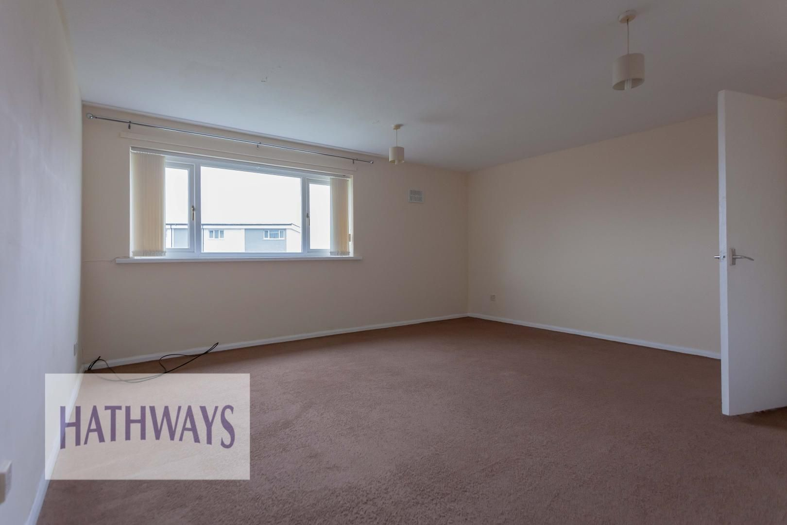 2 bed flat for sale in Kemys Fawr Close  - Property Image 5